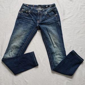Miss me signature skinny jean size 27 cross